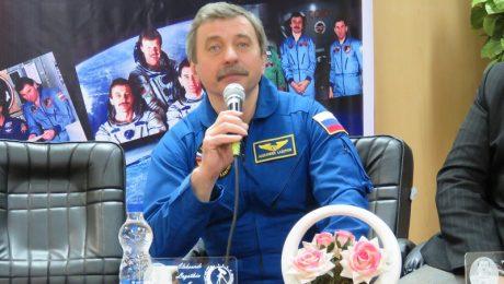 نشست علمی با فضانورد نامدار روسی در دانشگاه دامغان