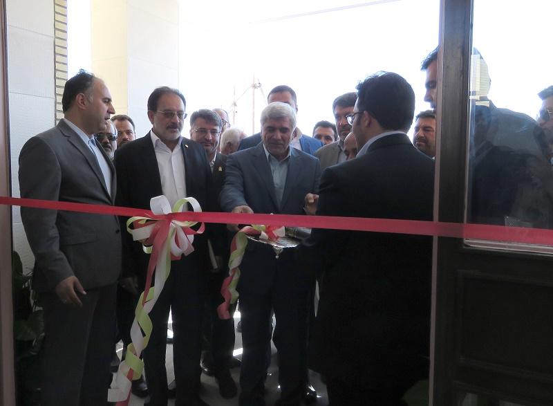 افتتاح خوابگاه خواهران دانشگاه دامغان به دست وزیر علوم