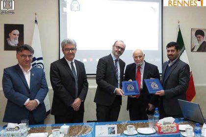 امضای تفاهم نامه آموزشی و پژوهشی بین دانشگاه دامغان
