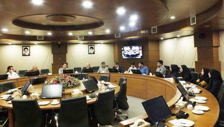 اولین نشست مشترک بنیاد خیرین حامی دانشگاه و جمعی از دانشجویان برگزار شد