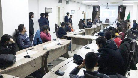 برگزاري کارگاه آموزشي آشنايي با بازارهاي مالي (بورس) در دانشگاه دامغان