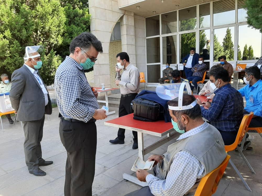گزارش تصویری صندوق سیار انتخابات 1400 در دانشگاه دامغان